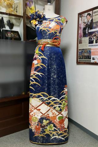 着物ドレス 紺 振袖 [花]