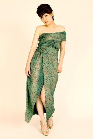 着物ドレス 深緑 紬 [柄]