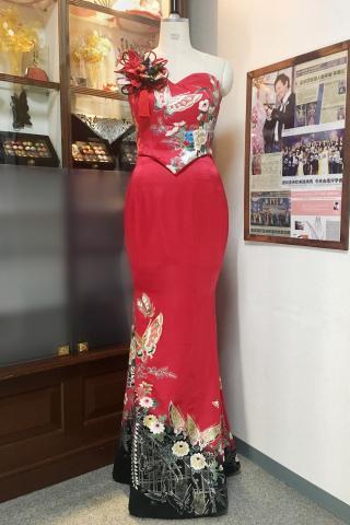 着物ドレス 赤 振袖 [花]